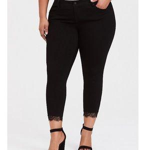 NWT Torrid Premium Black ankle skinny jeans